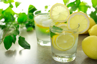 Lemon detox water