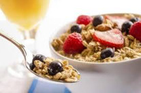 Granola and berry breakfast starter
