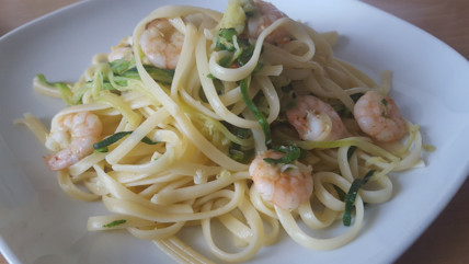 King Prawns with pasta and courgette
